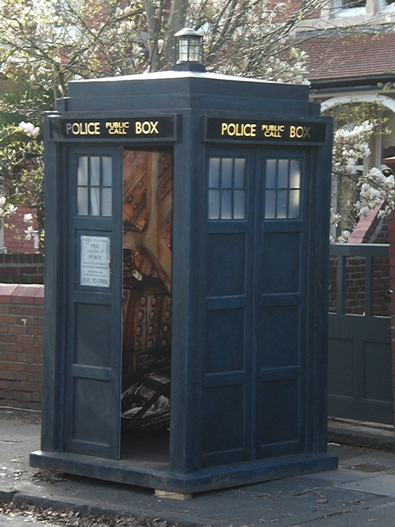Why (B2B Landing Page) conversion is like the TARDIS